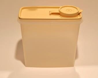 Vintage Tupperware Cereal Keeper #469