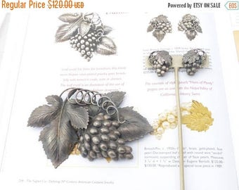 Half off Napier Danish Grape Leaf brooch and earring set antiqued silver plate Book Piece AM06