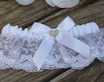 FAST Shipping!!!!  Beautiful White Wedding Garter with Heart brooch, Bridal Garter, Garter, Rhinestones Garter, Wedding Garter, Lace garter
