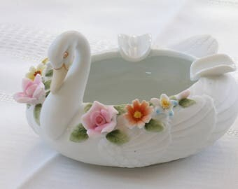 Vintage Lefton White Bisque Swan Ashtray