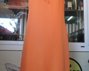 Abito trevira anni 60.Arancio.Nido d'ape sul top.Tg.42-44/Charming 60s shift orange dress/Trevira/Smocking at the top/Twiggy style/Size 8 US