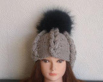 Womens winter hat - Beanie - Knit hat – Hat for women - Wool hat - Bobble hat - Pom pom hat - Beanie for women - Winter cap - Oatmeal hat