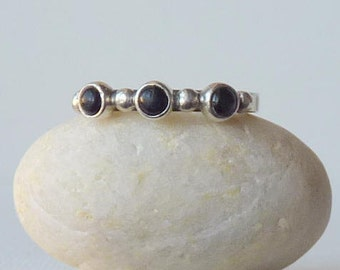 Sterling Silver Band Ring Vintage  Black Onyx Stackable  Band  925 Sterling Ring,Onyx Ring, Girls Ring Size 6 1/4, 70's, Small Retro Ring