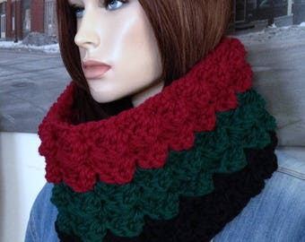 Handmade Gucci Colors Scarf Thick Warm Winter Cowl Crocheted In Blanket Stitch Designer Color Scarf Reversible Striped Colors READY TO SHIP