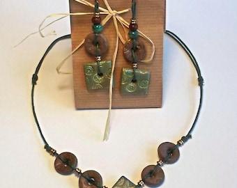 Collana con Orecchini Etnici pendenti Verdi handmade limited edition fatti a mano regali personalizzati per lei moda donna eleganti fashion