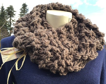 Claire Inspired Cowl, Outlander Inspired Knits, Outlander Inspired Cowl, Sassenach, Chunky Infinity Scarf, Chunky Cowl, Claire Cowl Color
