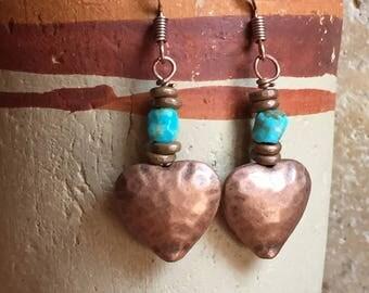 Soutwestern Turquoise Earrings, Hammered Copper Heart Dangle Earrings, Boho Earrings, Beaded Earrings, Copper Earrings, Copper Jewelry