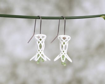 White Floral Earrings with Peridot Beads, Contemporary Jewelry, Art Design Earrings, Geometrical Earrings, Gift for Women, Peridot Earrings