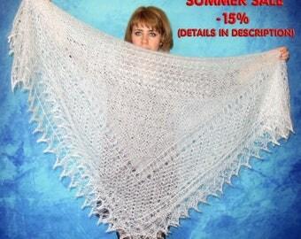 Hand knitted shawl,white shawl,russian shawl,wedding shawl,bridal cover up,lace shawl,goat down shawl,wool wrap,fur stole,kerchief,throw