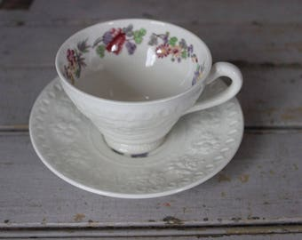 Vintage Orient by Wedgwood Wellesley Shape Floral Footed Cup & Saucer Set of 6