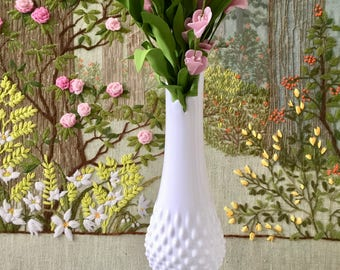 Milk Glass Vase Wedding Centerpiece Vase Hobnail Glass Large Vase Tall Vase Wedding Vase Hobnail Vase Vintage Milk Glass Swung Vase White