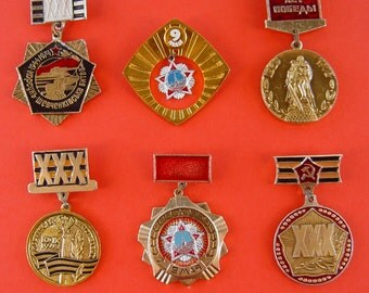 Second World War,Victory Day,Unknown Soldier,XXX Victory Years,Medals. Soviet Pins, Soviet Badges. Propaganda Metal Badge. Made in USSR.