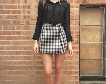 Vintage Plaid Mini Skort / Mini Skirt / Wrap Skort /  Size S Small