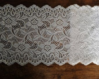 Stretch Lace - White