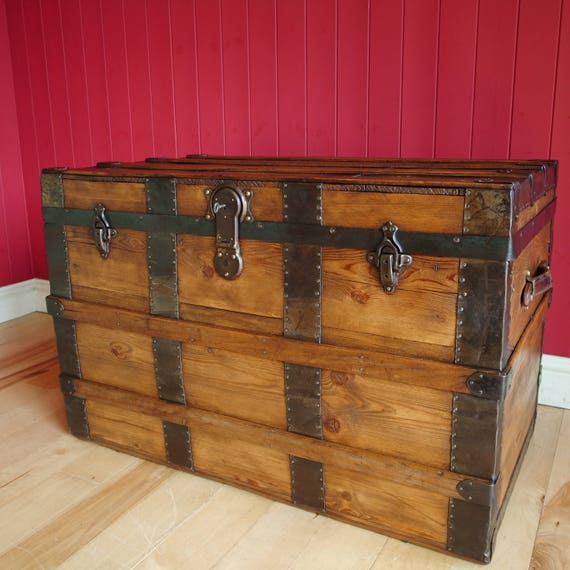 ANTIQUE VICTORIAN TRUNK Coffee Table Storage Chest Vintage Steamer Trunk Reclaimed Rustic Wooden Furniture
