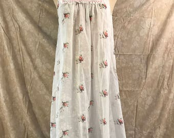 Vintage White Floral Nightgown