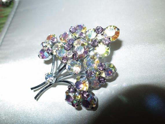 Vintage Aurora Borealis Amethyst Stone Flower Spray Brooch