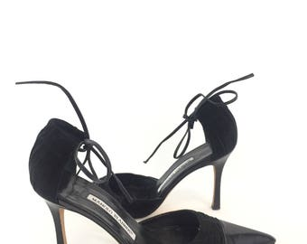 Manolo Blahnik Black Leather And Suede D'Orsay Pumps // Size 6 US / 36.5 EU // 1990s 90s