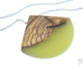 Resin and wood pendant in resin and olive wood jewel handcrafted made in Italy jewel organic Jewel Natura Hybrislab