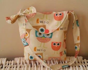 Funny owls girl shoulder bag.