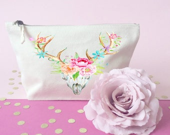 Deer makeup bag- Quote makeup bag- Unique gift- Toiletry bag- large cosmetic bag- Inspirational quote- Personalized cosmetic bag-Quote Print