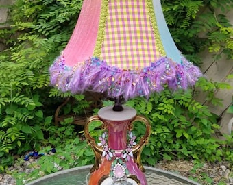 "Vintage Victorian Renaissance 22K Gold SABIN Table LAMP Justice 1940s Ceramic Colonial Lamp Bedside Accent Antique Lamps Pink Iridescent 27"""