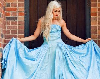 Stunning Blue Taffeta 1950's Strapless Gown