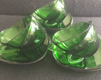 """Set of 6 Vintage French """"Vereco"""" Emerald Green Espresso / Tea cup and saucer / Mid Century Coffee set / 1960's / Square coffee cup set"""