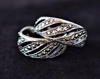 "Vintage Ornate Marcasite Half Hoop Stud Earrings Retro Boho Estate Costume Jewelry 1"""