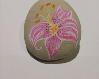 handmade Pebble painted Lily