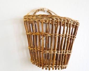hanging basket / planter / mail holder