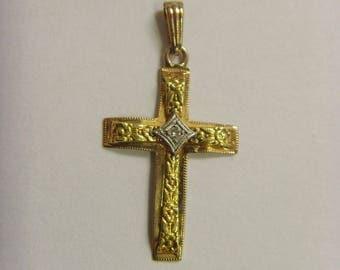 10k gold with diamond cross pendant Vintage old catholic christian e1430