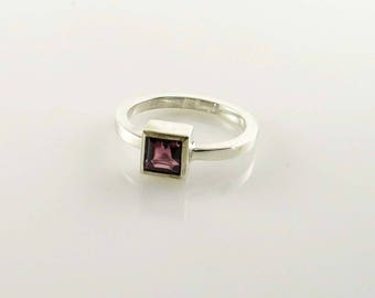 Ring with square stone rhodolite