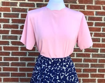 Pink Scalloped Blouse - Vintage Short Sleeve Pink Blouse with Scalloped Neckline Size US Medium - Vintage Pink Top - Vintage Pink Blouse