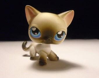 Littlest Pet Shop Siamese cat