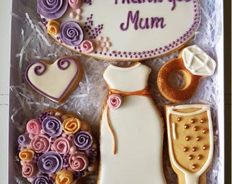 Gift box for Mum. Cookies for Mum. Thank you gift. Gift for Mum. Wedding gift. Bespoke cookies. Present for Mum.