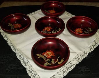 Maruni Lacquerware deep red hand painted bowls made in Occupied Japan Set of 5
