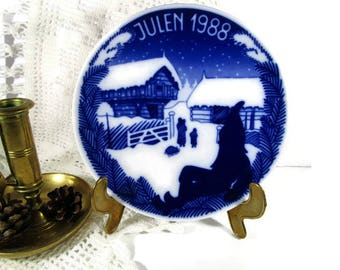 Vintage Norwegian 1988 Christmas Plate by Porsgrund Norway Julen 1988 wall Collectible Plate Limited Edition