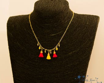 Necklace with three mini tassels, two Fuchsia and yellow