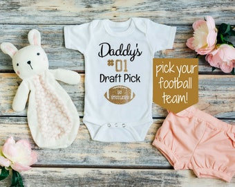 Baby girl football outfit - Football baby outfit - Football baby girl - Football baby girl outfits - Football baby clothes - NFL baby girl