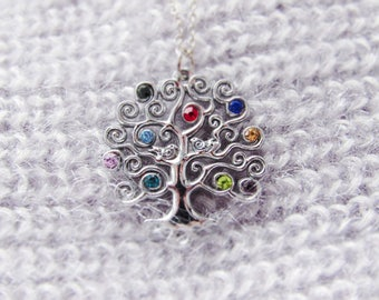 Birthstone Family tree necklace Gift for mom Birthstone jewelry personalized necklace Family necklace Birthstone tree Family tree jewelry.