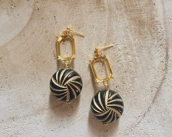 Jacey - Vintage / Japanese / Drop earrings / Parisians. Japanese / Paris / earrings / 1950 s