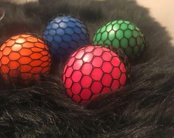 Mesh stress balls