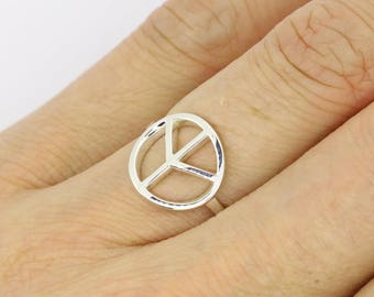 Peace Sign Ring | Peace Ring | Silver Peace Ring | Minimalist Ring | Peace Symbol Ring | Boho Ring | Simple Peace Ring | Minimalist Ring