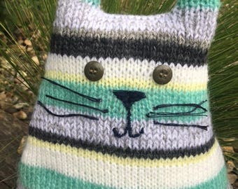 Sale 20% off Knitted green cat keepsake - Birthday gift - Nursery decor - Animal plushie - Stuffed toy - Unique gift- Gift for cat lovers