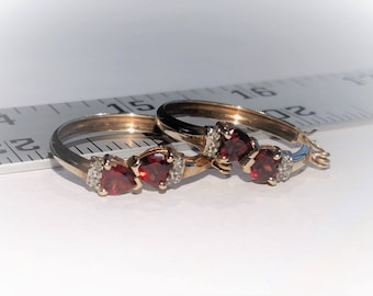 Estate 10K Yellow Gold Natural Red Heart Garnet And Diamond Earrings
