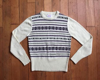 vintage 1970s sweater // 70s fair isle inspired pullover sweater