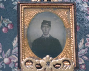 Antique Civil war tin type