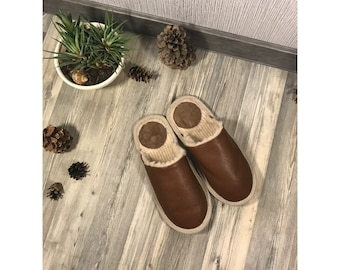 Brown slippers, men slippers, leather slippers, merino wool slippers, warm slippers, closed toe slippers, home slippers, men's house shoes