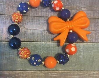 Gators beaded bow bracelet. Blue and orange bracelet. Blue beaded bracelet. Orange beaded bacelet.